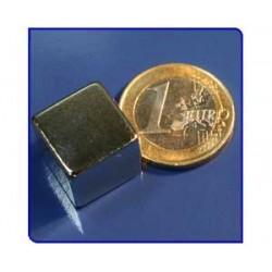 Imán de neodimio Ref. Bl05 Bloque 15x15x15mm Pack 50