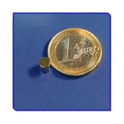 Imán de neodimio Ref. D02Au Disco Acabado Oro 5x5mm Pack 50